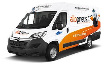Camion Allopneus label Michelin